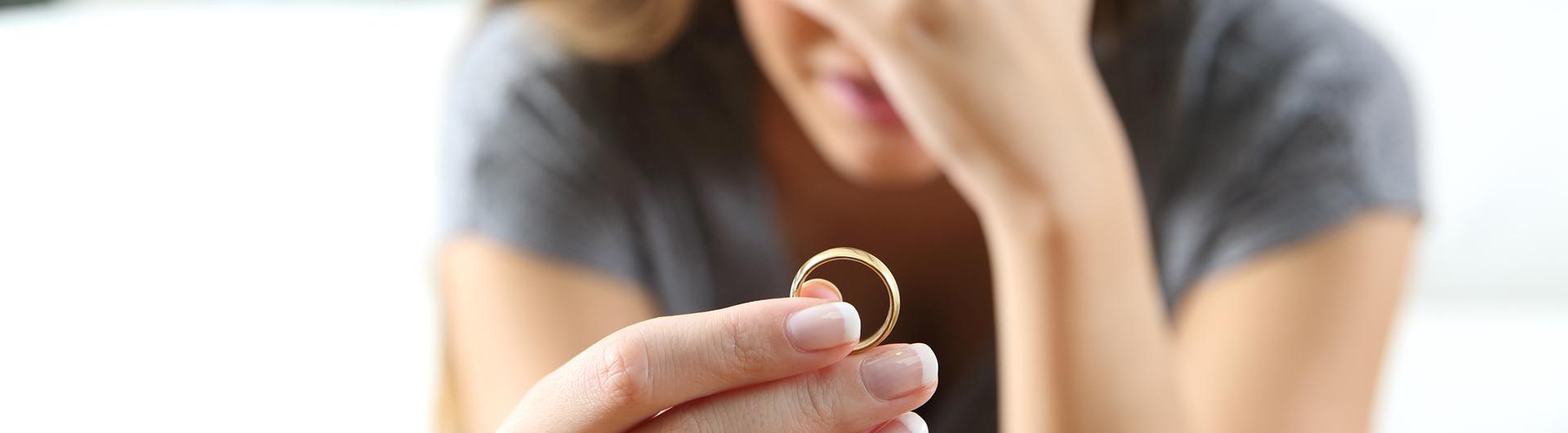 divorce-child-support-custody-attorneys.jpg